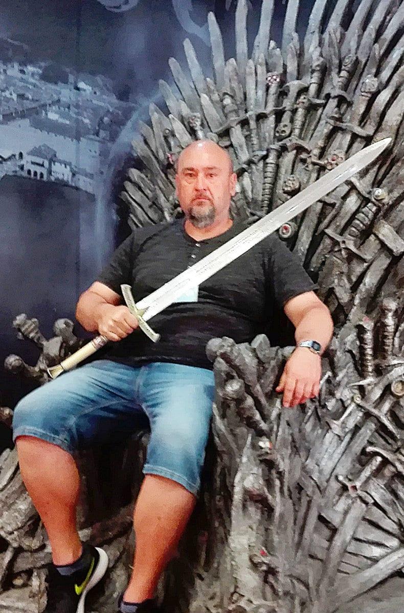 throne 2