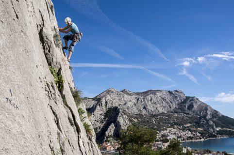 Rock Climbing - Iris Adventures - 01
